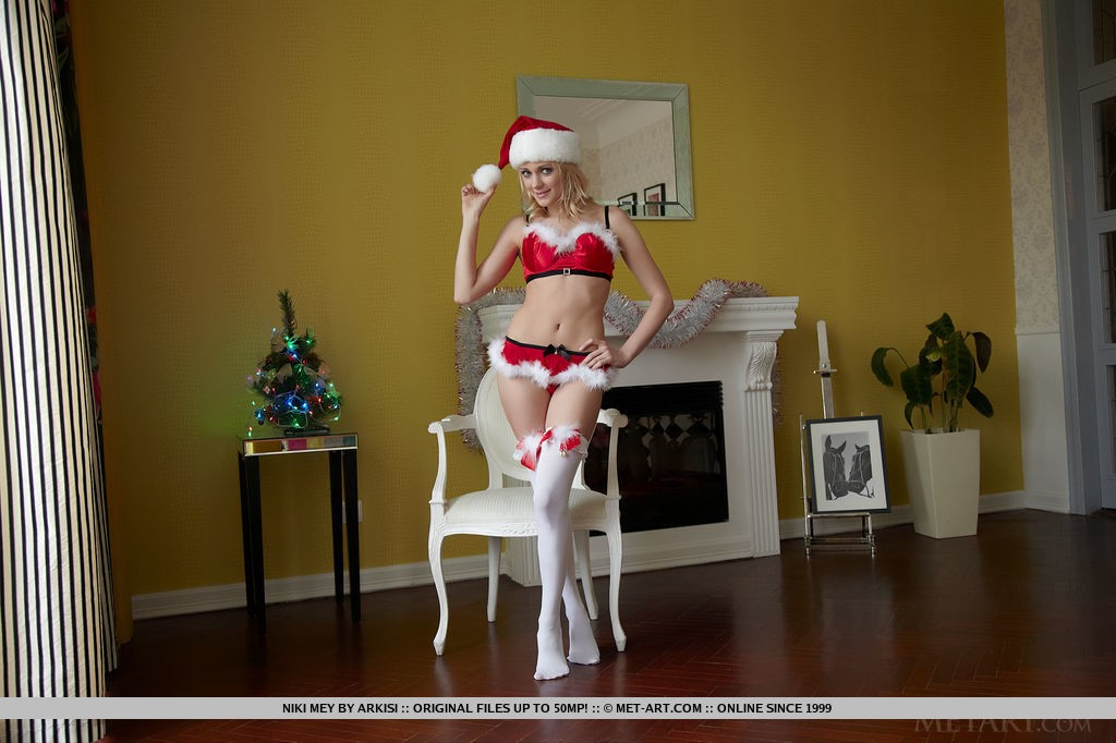 Sexy Blonde Niki Mey is ready for Christmas
