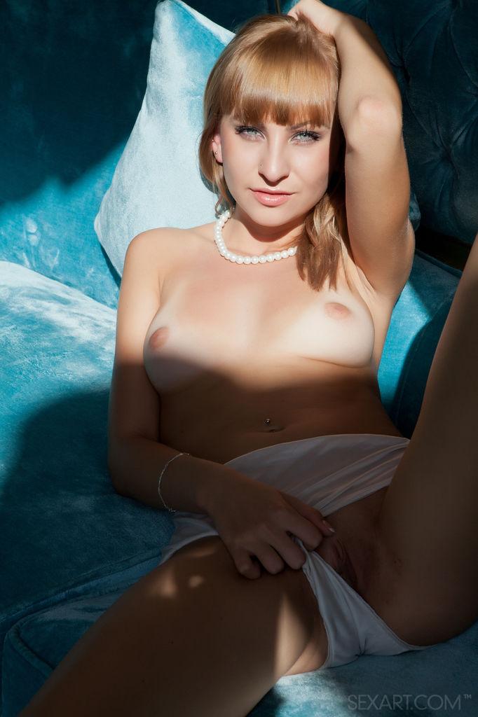 Sexy Babe Veela in Havada